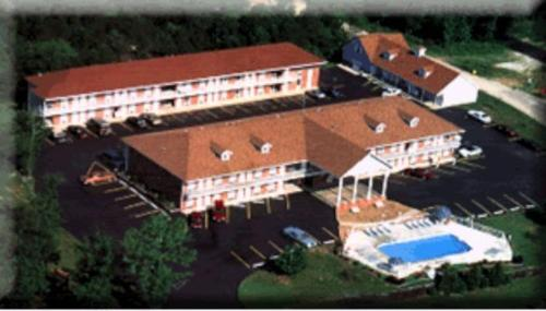 十二橡樹旅館