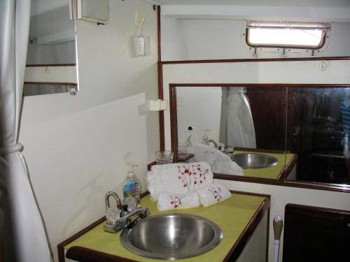 Fully Crewed Private Sailing Yacht Charter