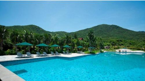 Moon Bay & Resort Sanya