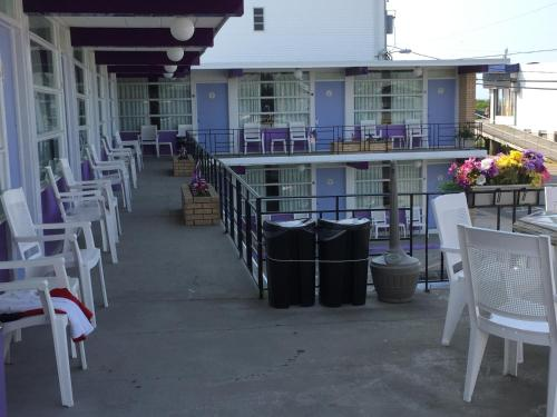Monaco Motel - Wildwood
