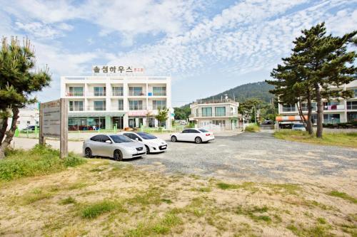 Yeonpo Beach Solsum House
