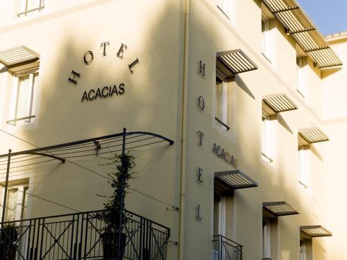 Hôtel des Acacias