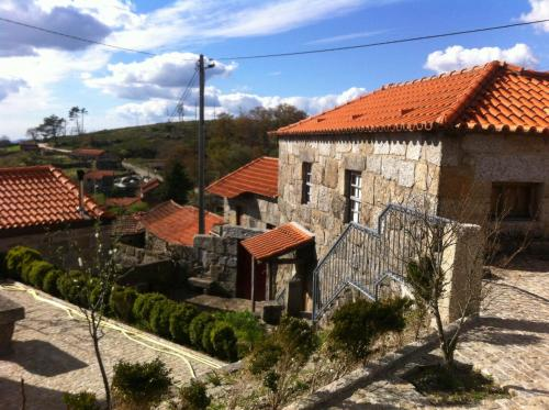 Lovely Country House In Baião