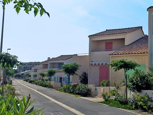 Holiday home Mer Indigo III Saint Pierre La Mer