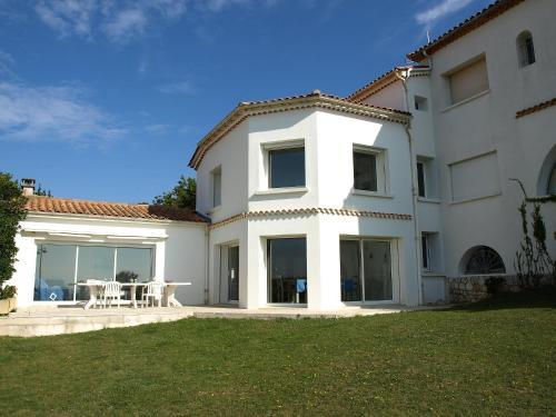 Holiday home La Langrotte Vaux Sur Mer