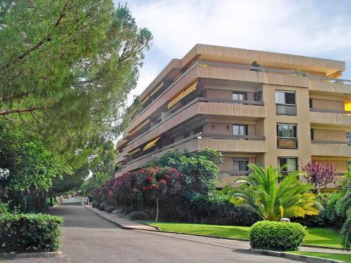 Apartment Chateau de la Pinede Juan les Pins
