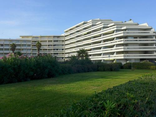 Apartment Le Beaupre III Canet Plage