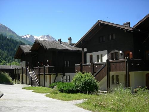Apartment Aragon XI Ernen