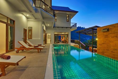 Patong Hill Estate 7
