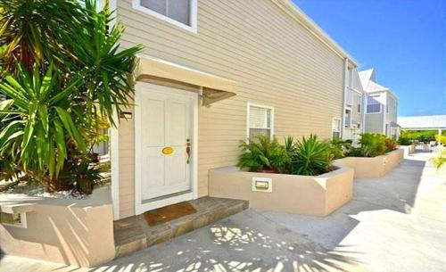 Duval Street Townhome 1075