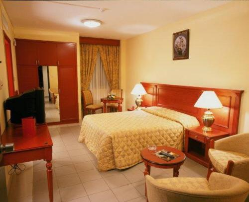 Dubai london crown 2 hotel apartments dubai hotels for London hotel dubai