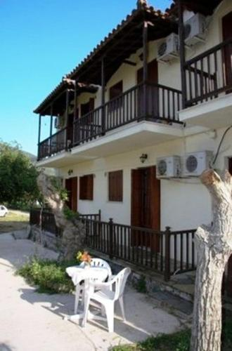Triantafyllou Maria Rooms, Room, Skopelos  Chora, Sporades, 37003, Greece