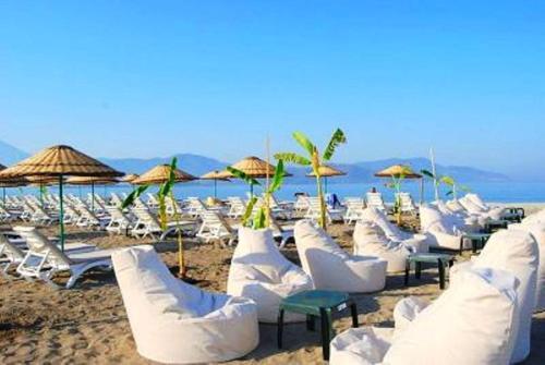 Sunset Beach Villa B