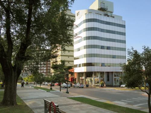 Plaza Suites Campana