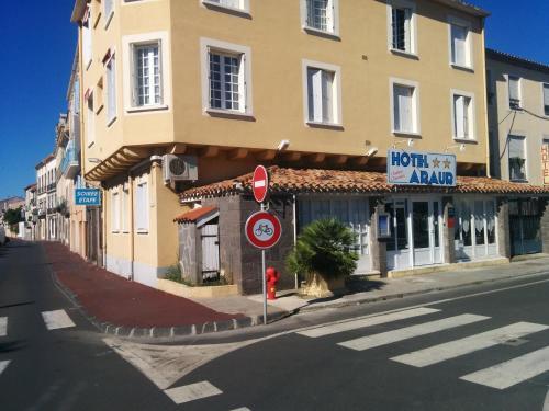 Hotel Araur