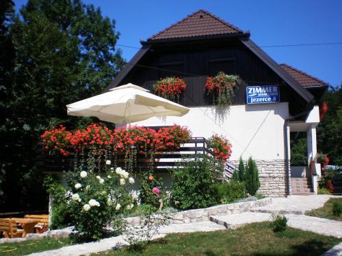 Villa Lykos