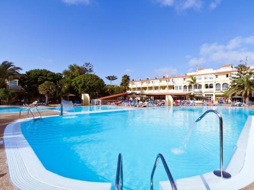 Playa 3p (november pool out servic)
