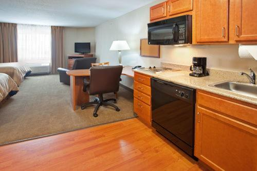 Candlewood Suites Elgin – Northwest Chicago Review