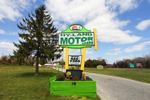 Hyland Motor Inn