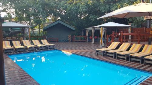 Monzi Safaris Tented Lodge