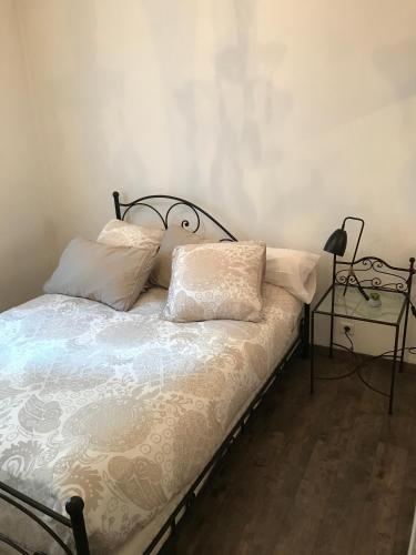 grand appartement ajaccio avec parking francia ajaccio. Black Bedroom Furniture Sets. Home Design Ideas