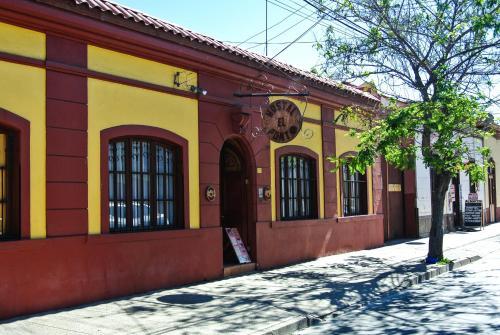 Pensiones en coquimbo region 46 hostales en coquimbo for Hostal ciudad jardin