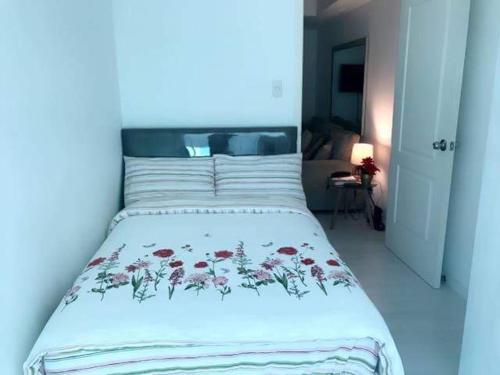 AZURE URBAN Resort Residences - 1503 St. Tropez Tower