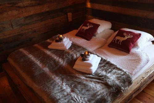 Cama ou camas em um quarto em Chalet Les Cleves