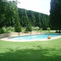 Chartwell Castle & Guest House