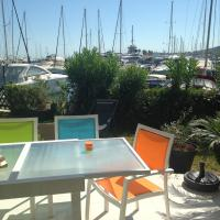 Appartement sur le port avec jardin