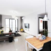 Qi Yi Apartment