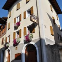 Garni Castel Ferari