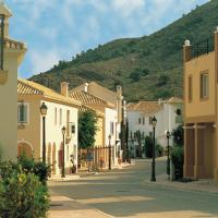 Las Lomas Village – Luxury Apartments