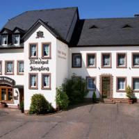 Gästehaus Weingut - Fröhliches Weinfass