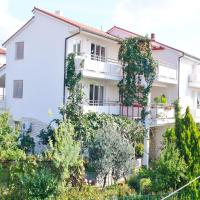 Apartments Levan 153