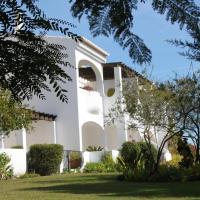 Alto Golf Apartments