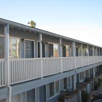 The Shores Inn