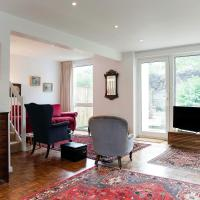 3 Bed House - Putney