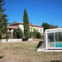 Holiday home Maison Bouche Villeneuve du Latou