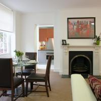 Kings Wardrobe Apartments by BridgeStreet