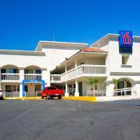 Motel 6 Carlsbad South