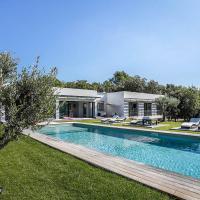 Squarebreak - Countryside Villa