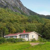 Two-Bedroom Holiday home in Sømna