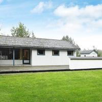 Two-Bedroom Holiday home in Asaa