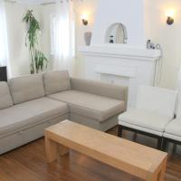 WeHo Vintage Apartment Rental #2