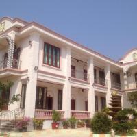 Phedsamone Chalounxay Hotel