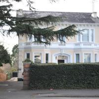 Windsor Harwood Apartment