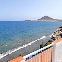 Atico frente playa del Medano
