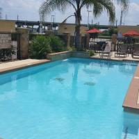 Best Western Plus Seabrook Suites