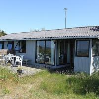 Two-Bedroom Holiday Home Hedevej 03
